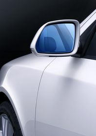Octavia RS tinted side mirrors (source: Škoda Auto)